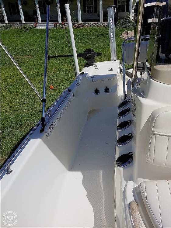 2008 Mako boat for sale, model of the boat is 2101 & Image # 13 of 19