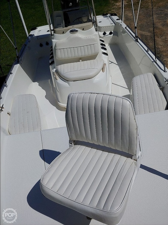 2008 Mako boat for sale, model of the boat is 2101 & Image # 15 of 19