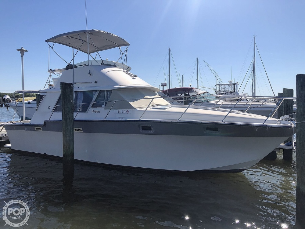 1987 Silverton boat for sale, model of the boat is 34 Convertible & Image # 9 of 40