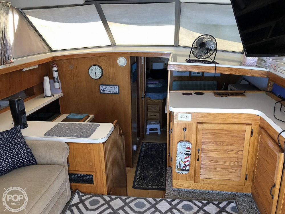 1987 Silverton boat for sale, model of the boat is 34 Convertible & Image # 4 of 40