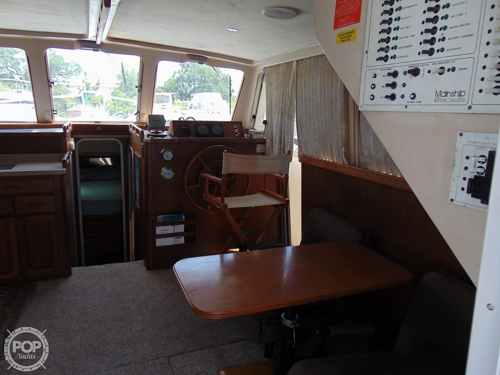 1998 Mainship boat for sale, model of the boat is 350 & Image # 28 of 40