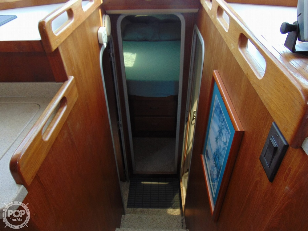 1998 Mainship boat for sale, model of the boat is 350 & Image # 35 of 40