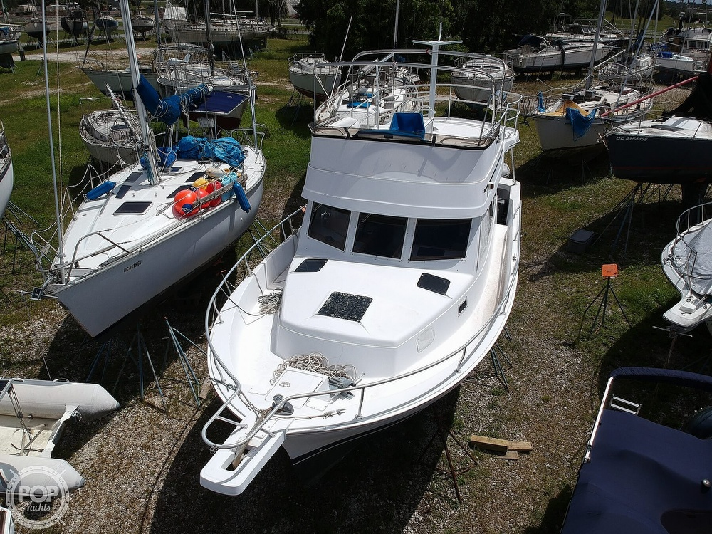 1998 Mainship boat for sale, model of the boat is 350 Trawler & Image # 13 of 40