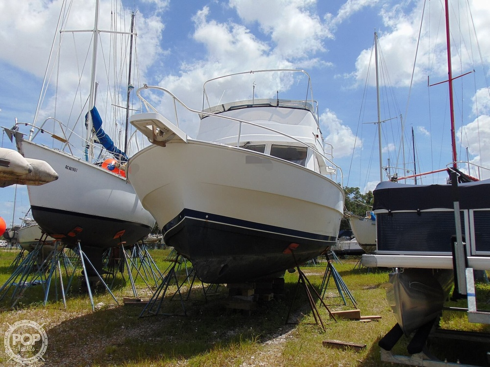 1998 Mainship boat for sale, model of the boat is 350 Trawler & Image # 25 of 40