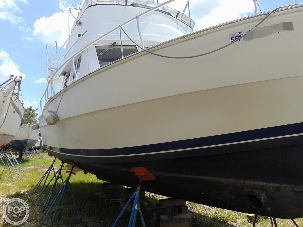 1998 Mainship boat for sale, model of the boat is 350 Trawler & Image # 27 of 40