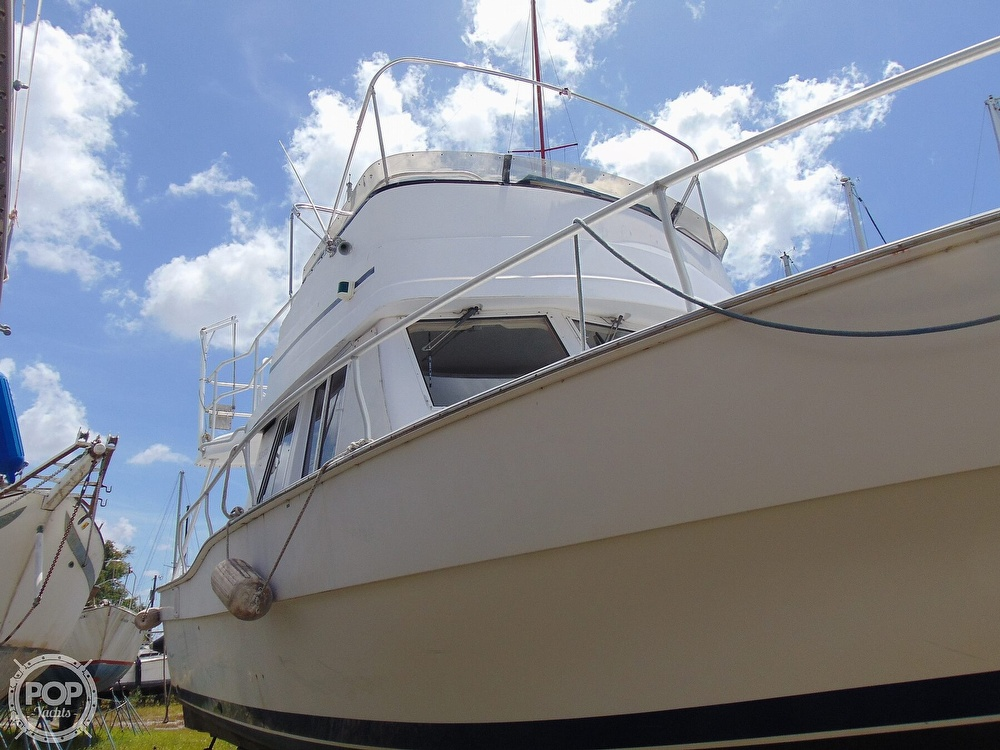 1998 Mainship boat for sale, model of the boat is 350 Trawler & Image # 28 of 40
