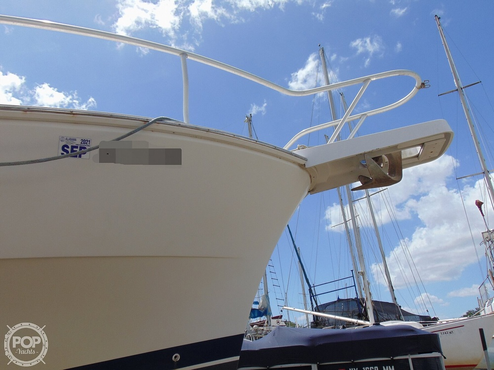 1998 Mainship boat for sale, model of the boat is 350 Trawler & Image # 29 of 40