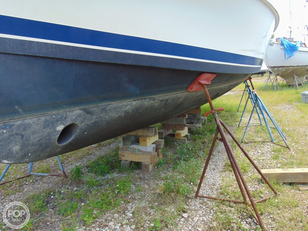 1998 Mainship boat for sale, model of the boat is 350 Trawler & Image # 35 of 40