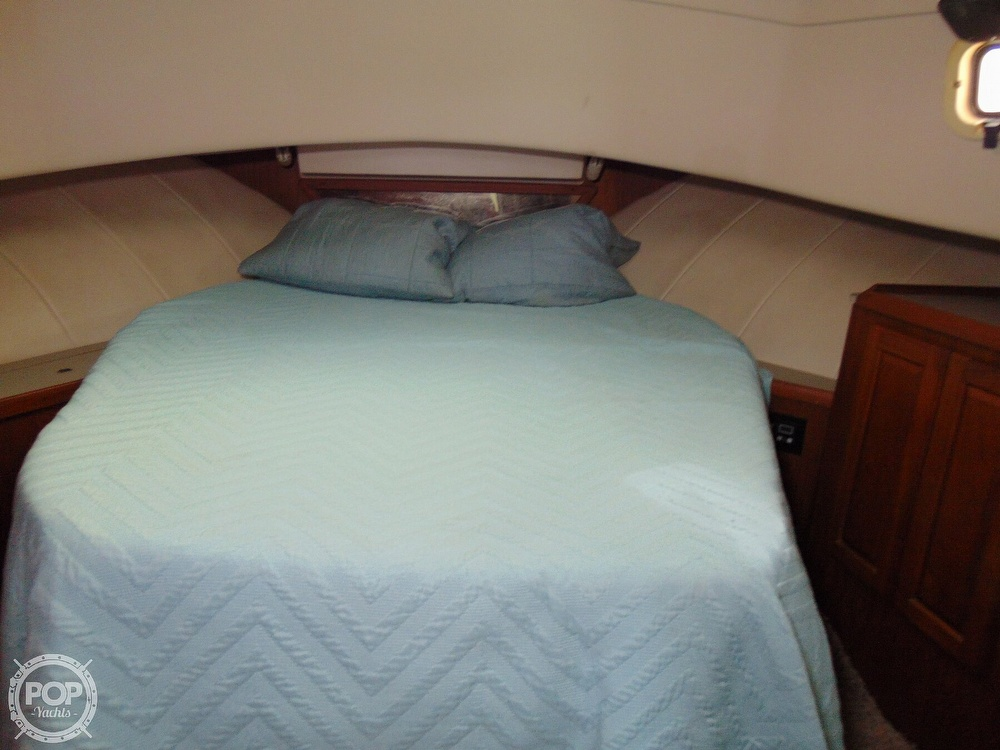 1998 Mainship boat for sale, model of the boat is 350 Trawler & Image # 7 of 40