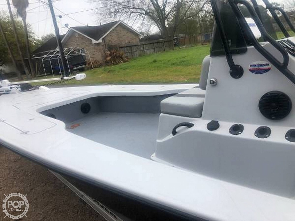 2017 Majek boat for sale, model of the boat is 25' extreme & Image # 5 of 11