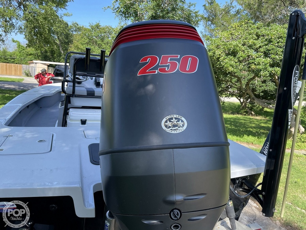 2017 Majek boat for sale, model of the boat is 25 XTREME & Image # 4 of 40