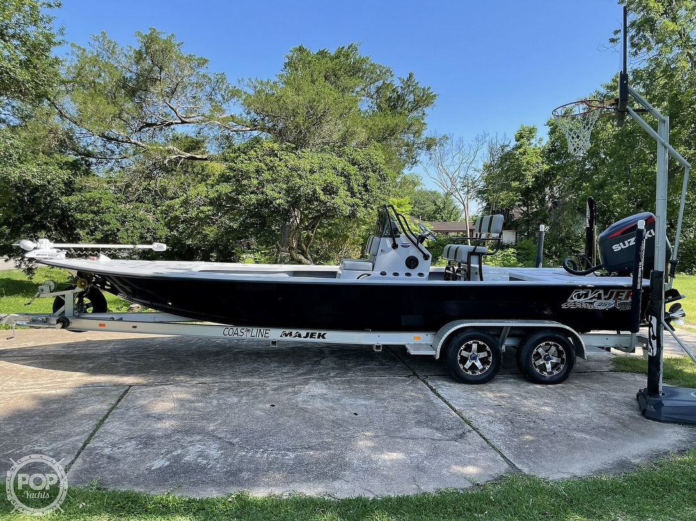 2017 Majek boat for sale, model of the boat is 25 XTREME & Image # 8 of 40