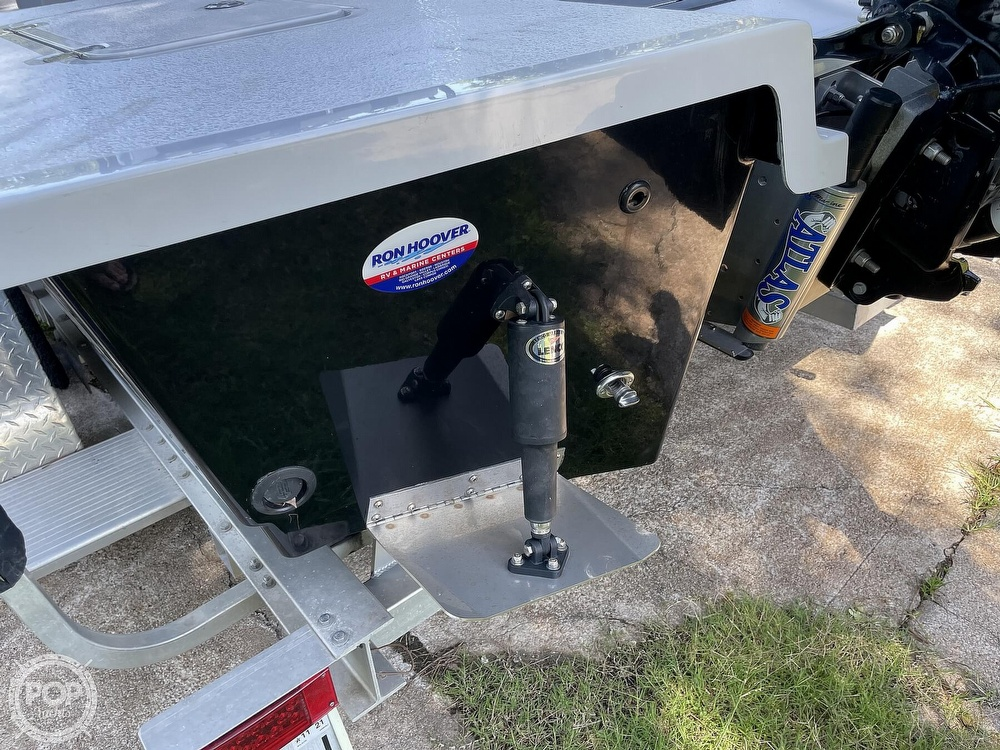2017 Majek boat for sale, model of the boat is 25 XTREME & Image # 25 of 40