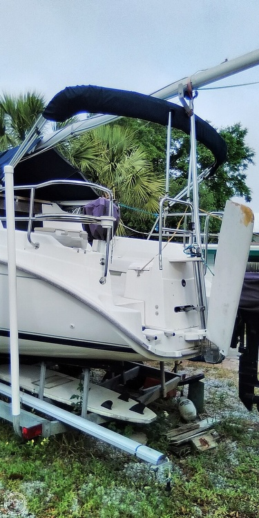 2002 Hunter boat for sale, model of the boat is 260 & Image # 2 of 3