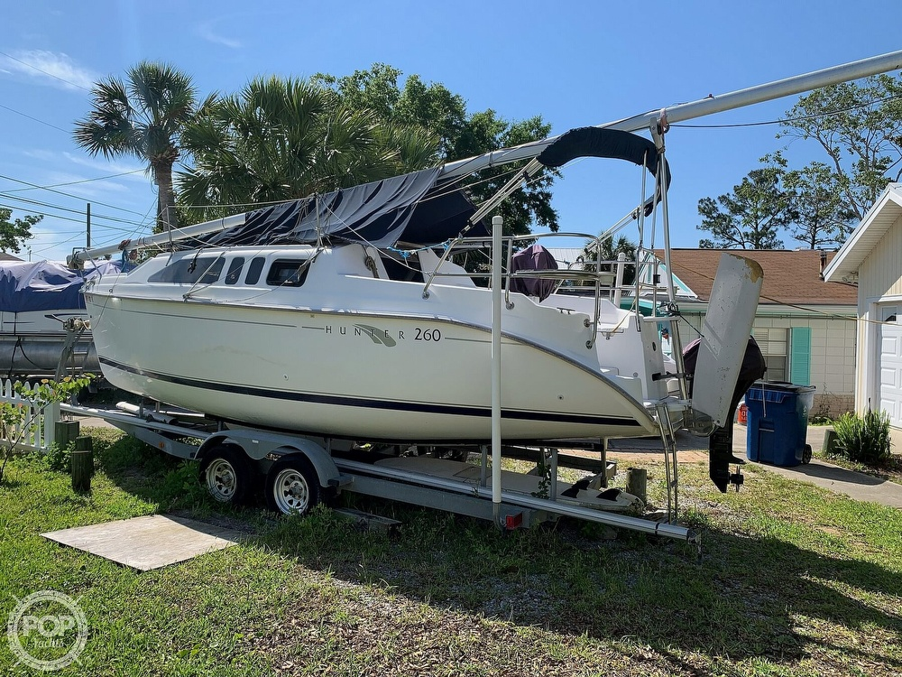 2002 Hunter boat for sale, model of the boat is 260 & Image # 2 of 40