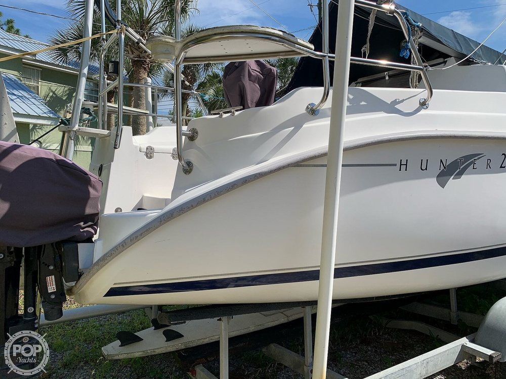 2002 Hunter boat for sale, model of the boat is 260 & Image # 9 of 40