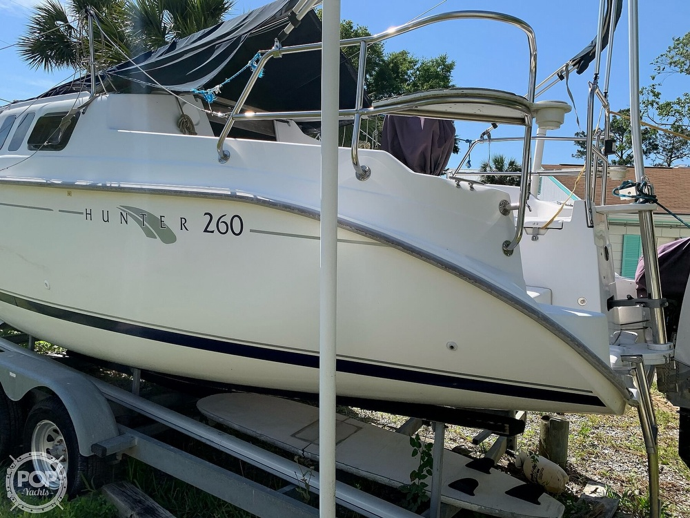 2002 Hunter boat for sale, model of the boat is 260 & Image # 15 of 40
