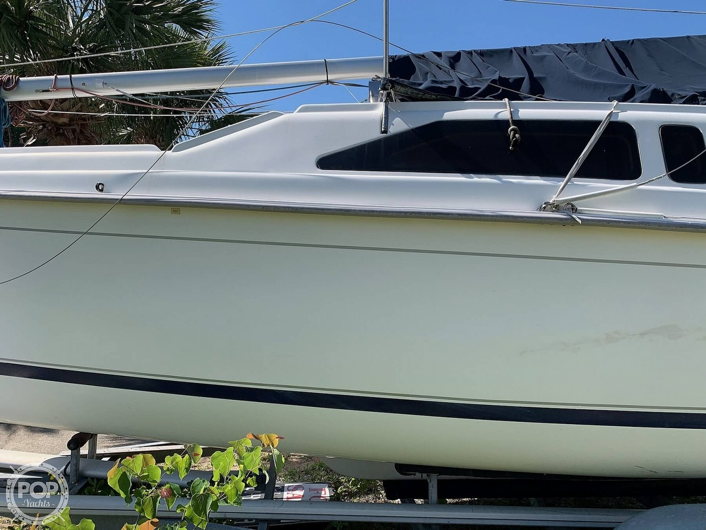 2002 Hunter boat for sale, model of the boat is 260 & Image # 19 of 40