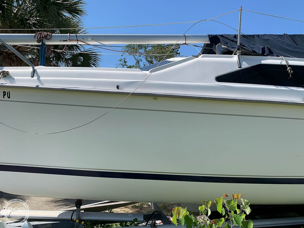 2002 Hunter boat for sale, model of the boat is 260 & Image # 20 of 40