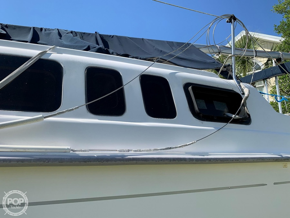 2002 Hunter boat for sale, model of the boat is 260 & Image # 23 of 40