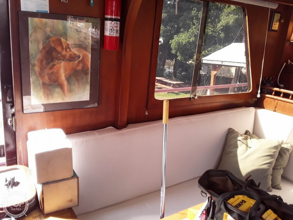1977 Marine Trader boat for sale, model of the boat is Trawler 34 & Image # 5 of 10