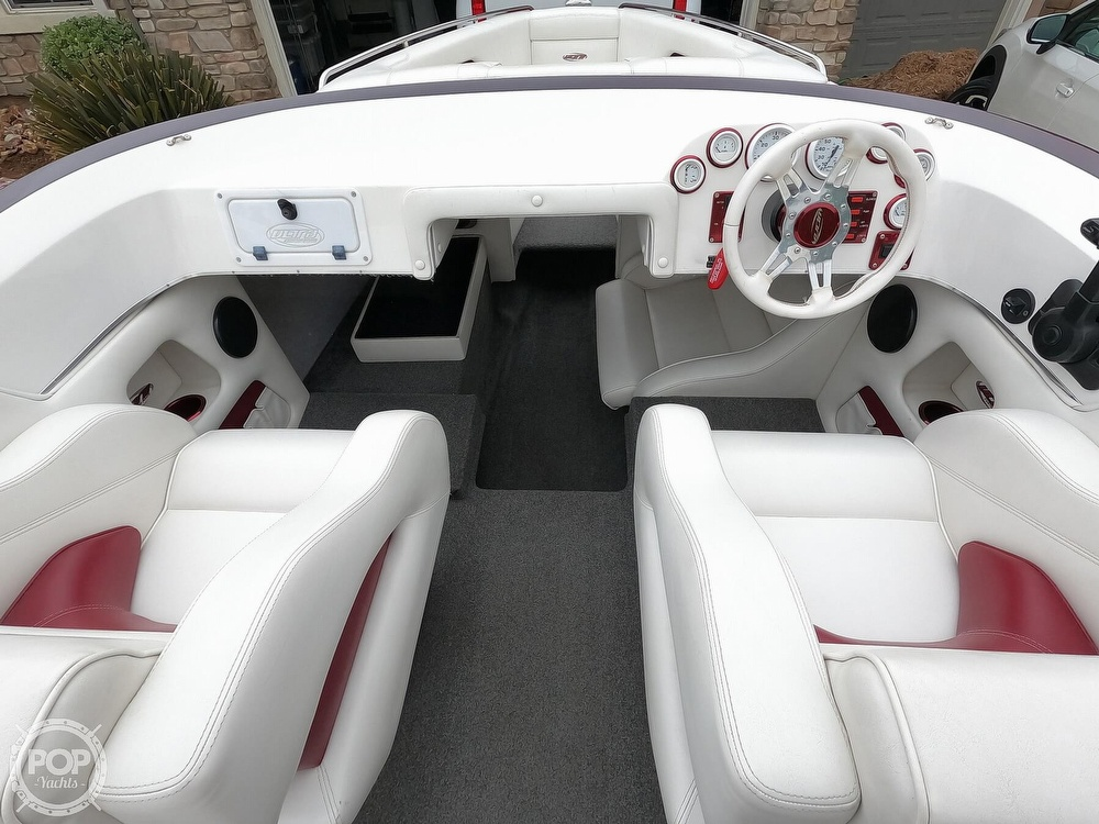 2004 Ultra boat for sale, model of the boat is 23 XS & Image # 13 of 40