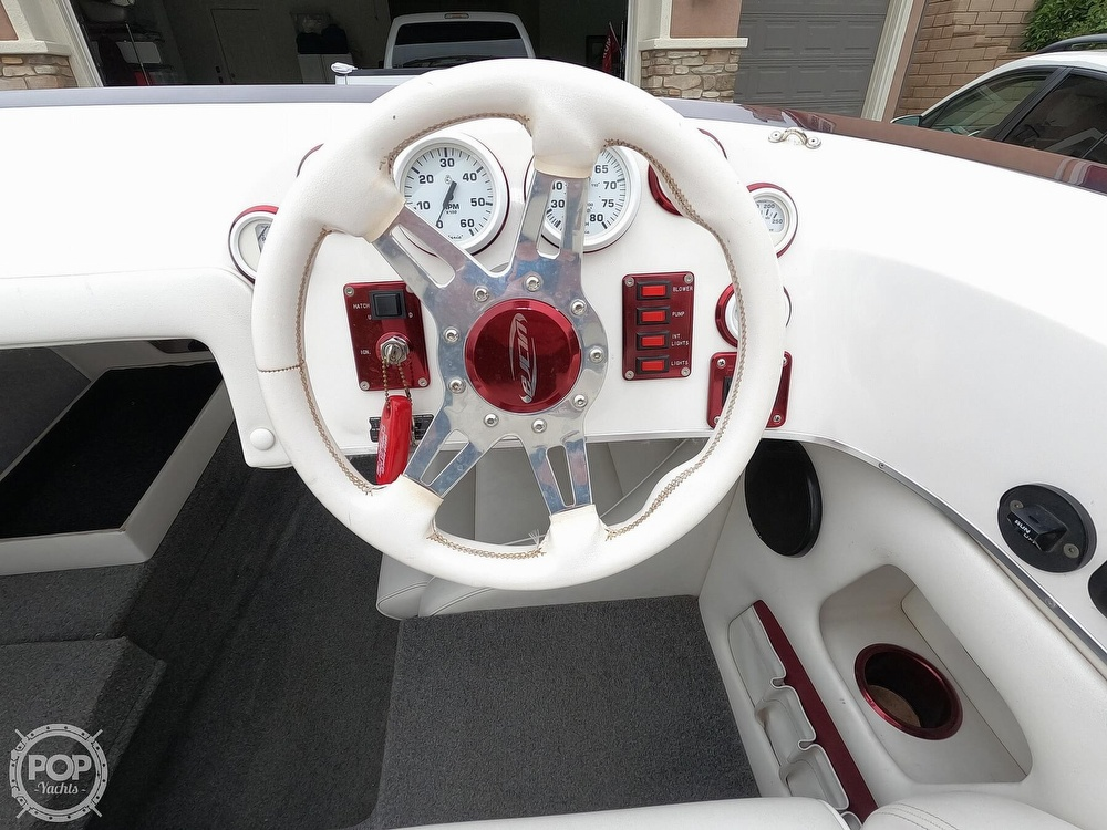 2004 Ultra boat for sale, model of the boat is 23 XS & Image # 14 of 40