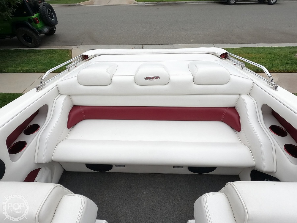 2004 Ultra boat for sale, model of the boat is 23 XS & Image # 18 of 40