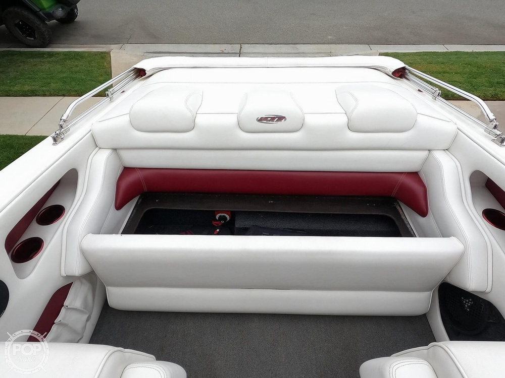 2004 Ultra boat for sale, model of the boat is 23 XS & Image # 19 of 40