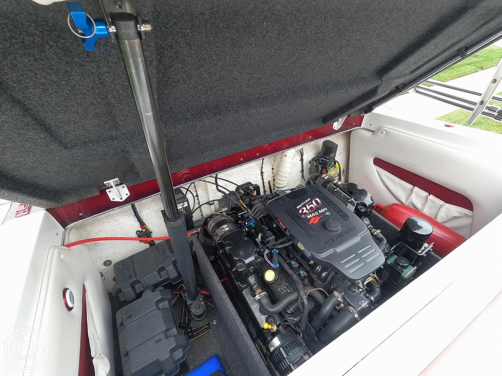 2004 Ultra boat for sale, model of the boat is 23 XS & Image # 22 of 40