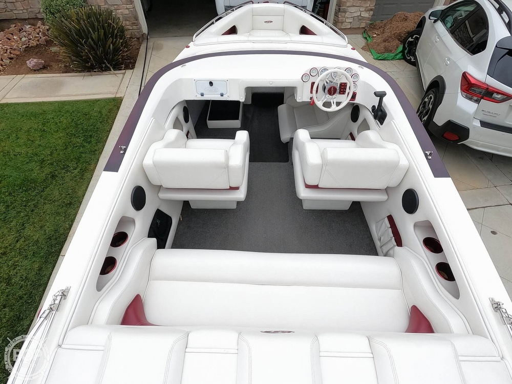 2004 Ultra boat for sale, model of the boat is 23 XS & Image # 26 of 40