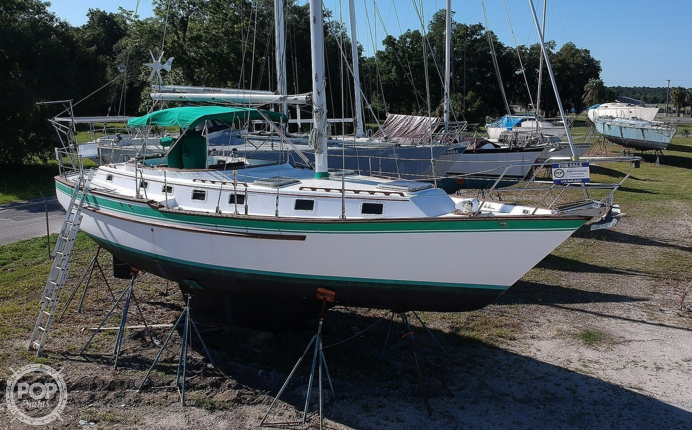 1985 Endeavour boat for sale, model of the boat is 40 CC & Image # 14 of 40