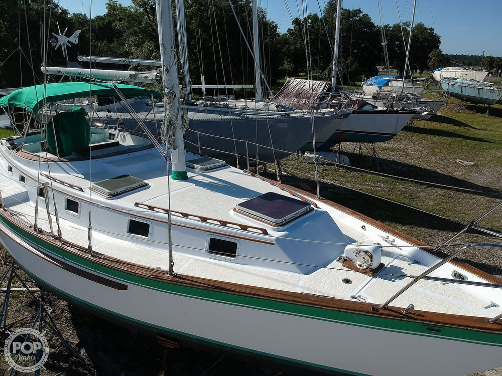1985 Endeavour boat for sale, model of the boat is 40 CC & Image # 19 of 40