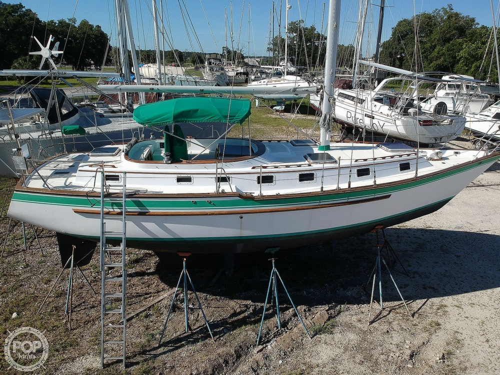 1985 Endeavour boat for sale, model of the boat is 40 CC & Image # 22 of 40