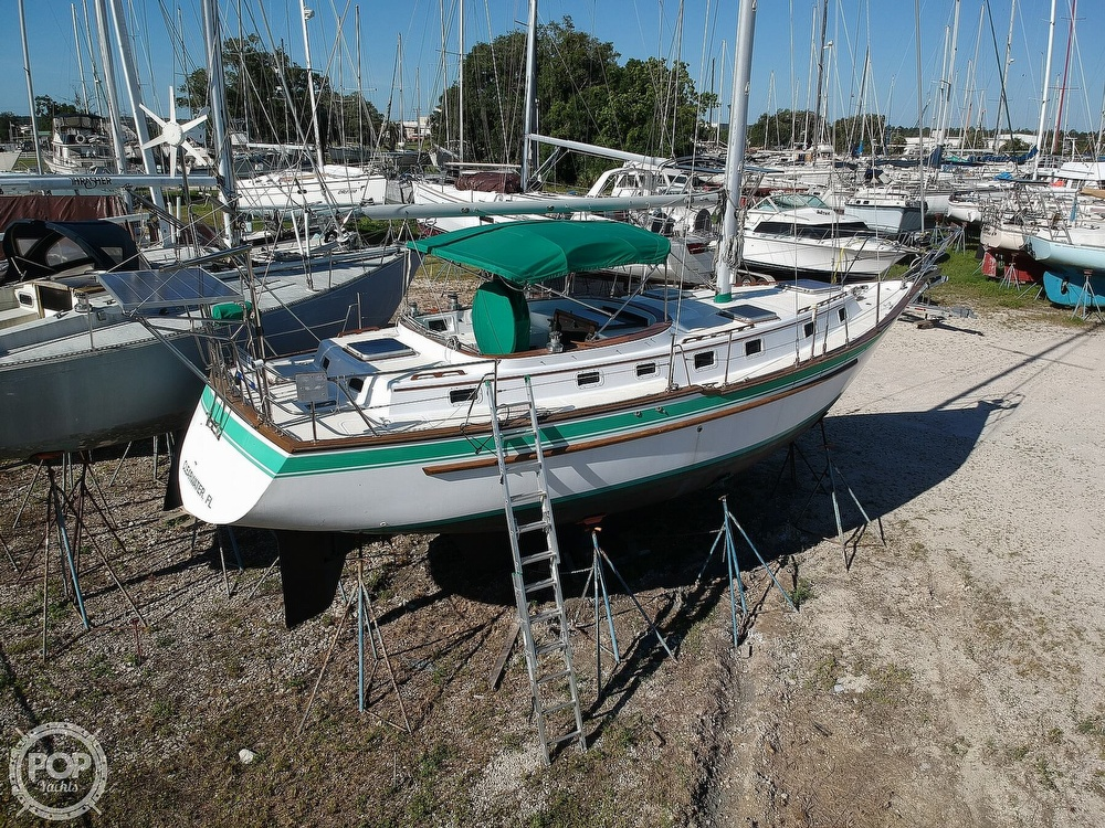 1985 Endeavour boat for sale, model of the boat is 40 CC & Image # 23 of 40