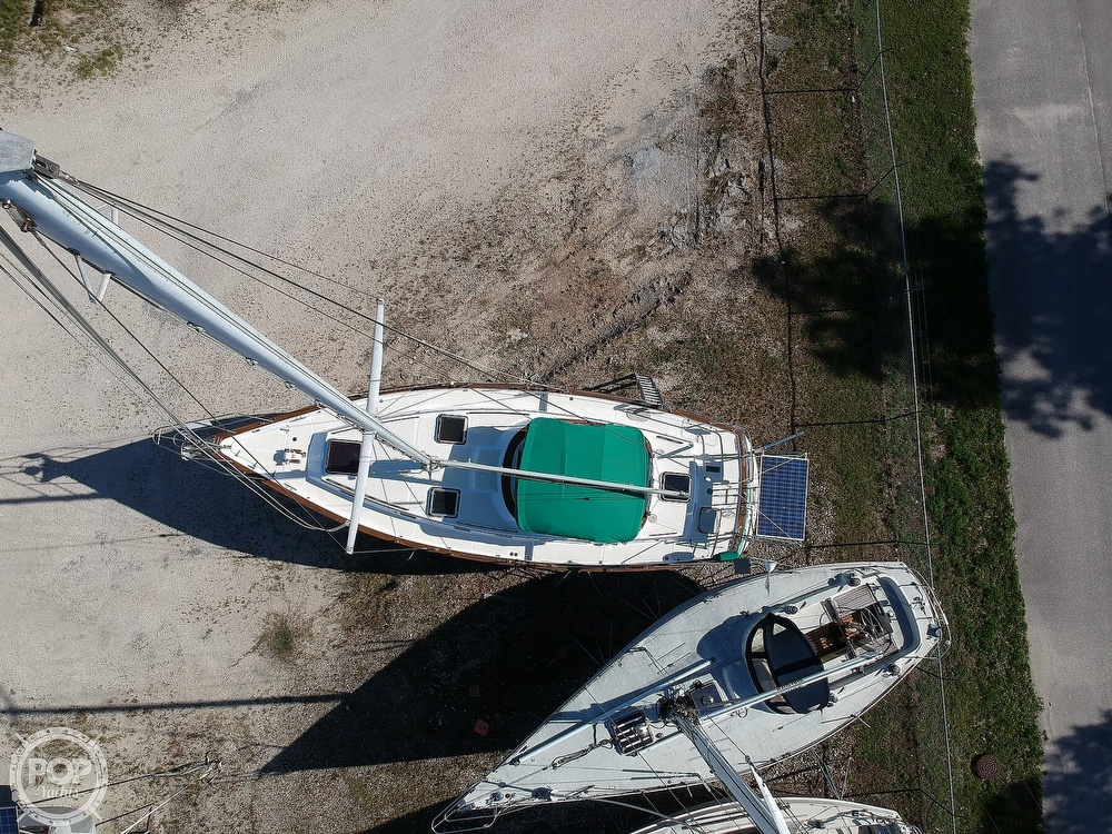 1985 Endeavour boat for sale, model of the boat is 40 CC & Image # 29 of 40