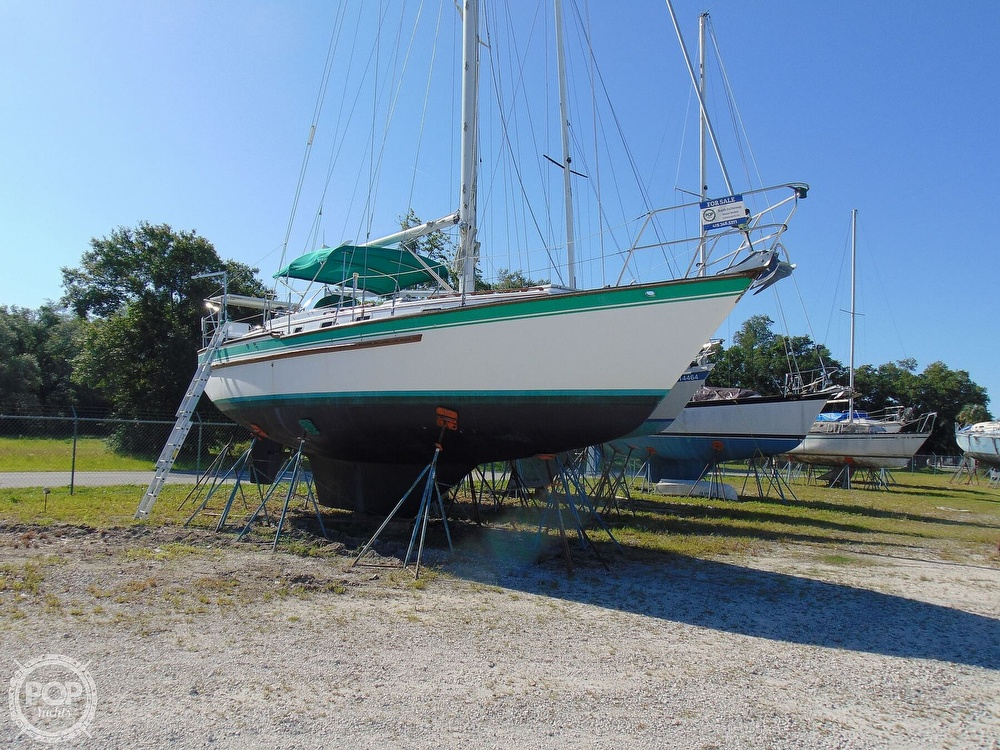 1985 Endeavour boat for sale, model of the boat is 40 CC & Image # 5 of 40