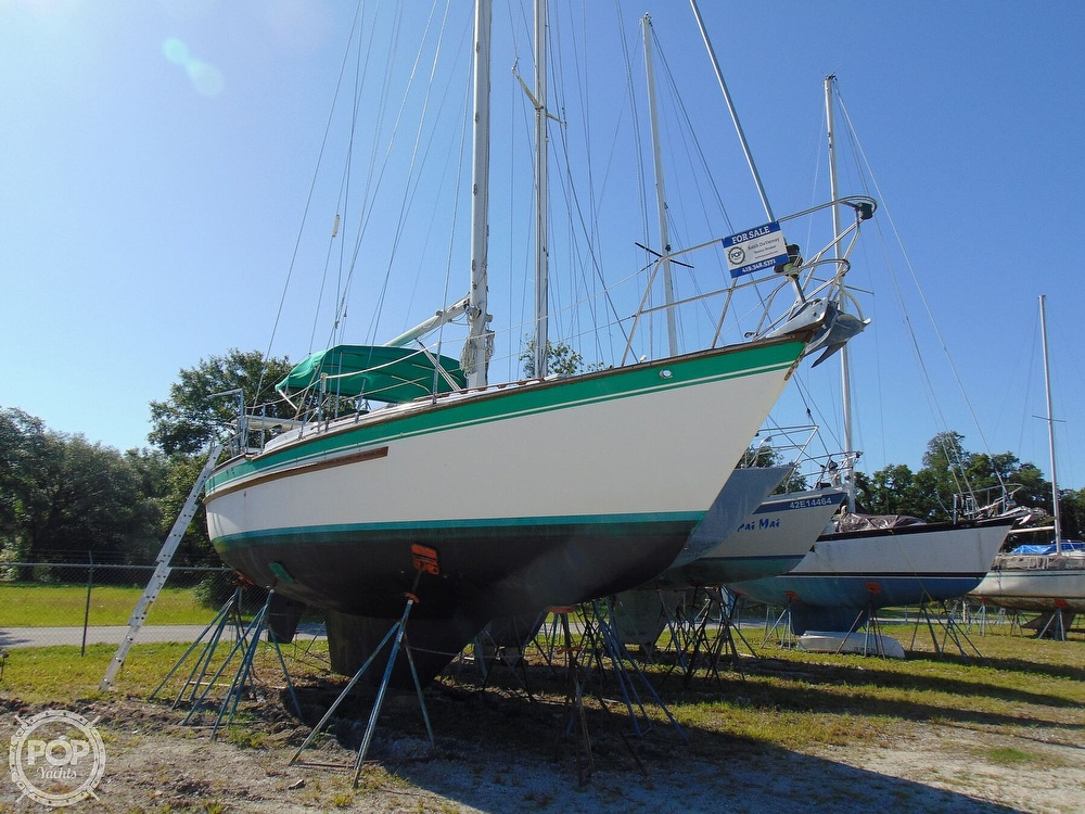 1985 Endeavour boat for sale, model of the boat is 40 CC & Image # 33 of 40