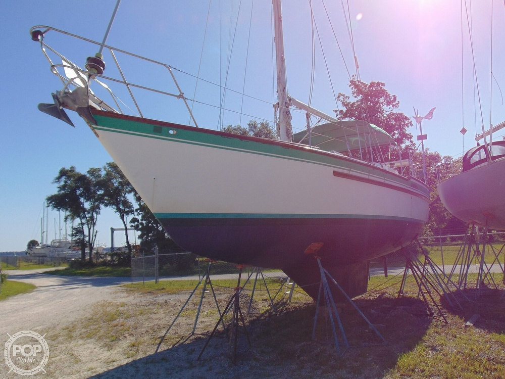 1985 Endeavour boat for sale, model of the boat is 40 CC & Image # 35 of 40