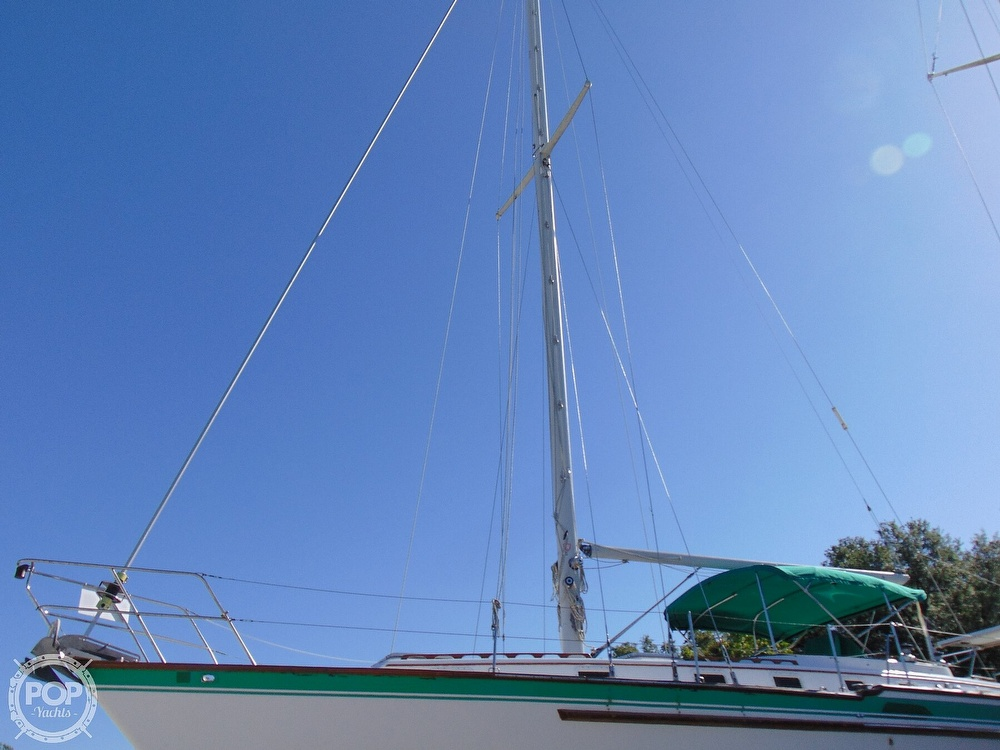1985 Endeavour boat for sale, model of the boat is 40 CC & Image # 37 of 40