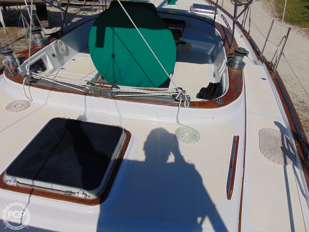 1985 Endeavour boat for sale, model of the boat is 40 CC & Image # 6 of 40