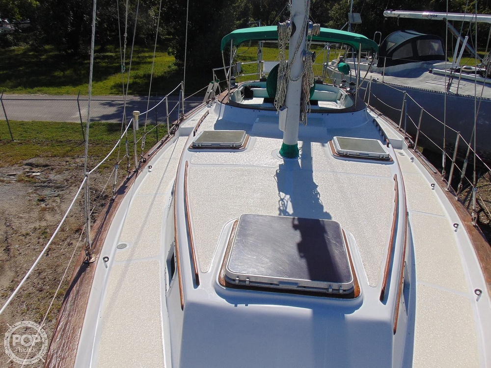 1985 Endeavour boat for sale, model of the boat is 40 CC & Image # 7 of 40