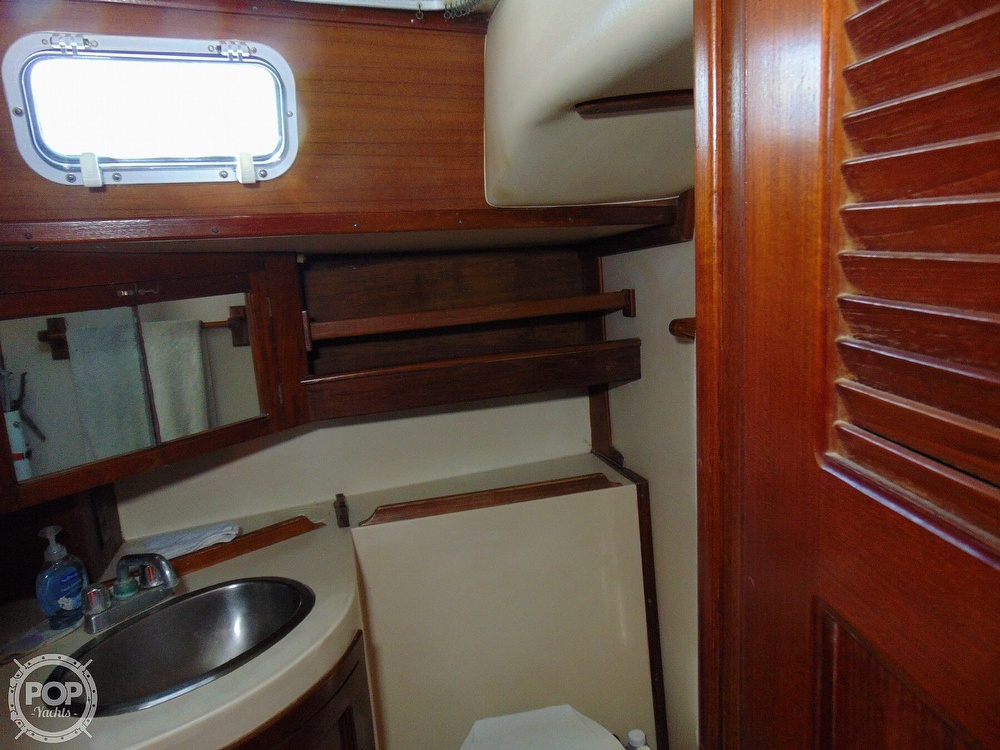 1985 Endeavour boat for sale, model of the boat is 40 CC & Image # 10 of 40