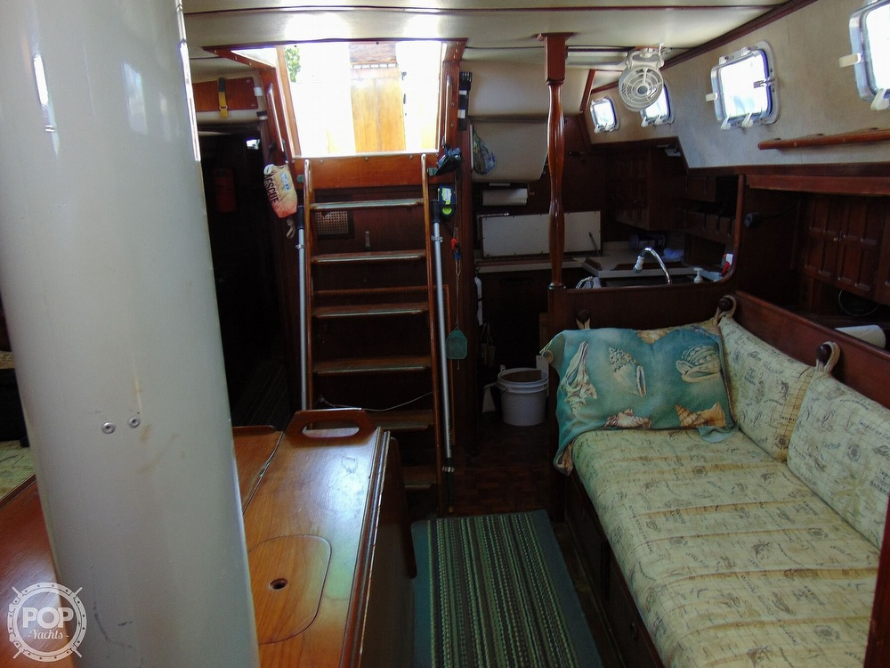 1985 Endeavour boat for sale, model of the boat is 40 CC & Image # 13 of 40