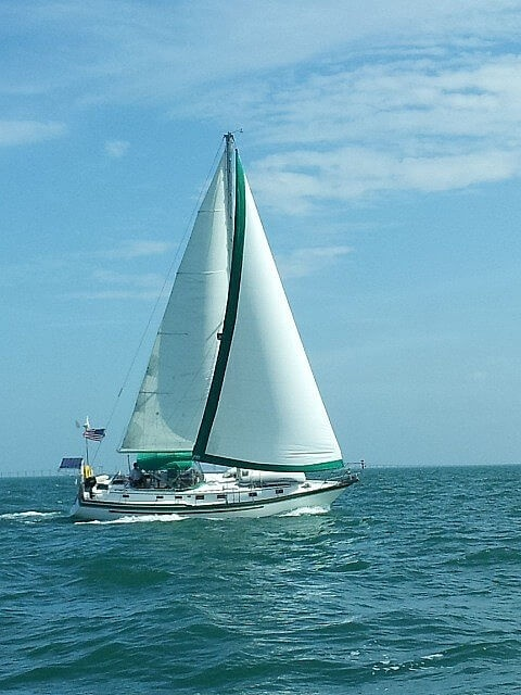 1985 Endeavour boat for sale, model of the boat is 40 CC & Image # 3 of 40
