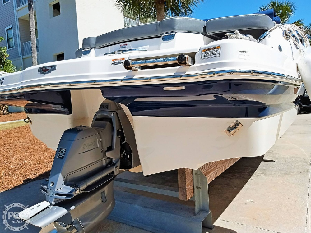 2014 Chaparral boat for sale, model of the boat is 216 SSI & Image # 19 of 40