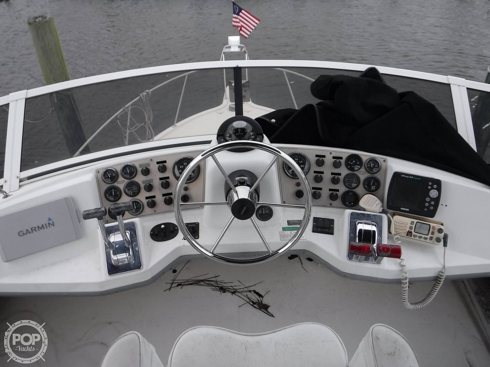 1998 Carver boat for sale, model of the boat is 325 Aft Cabin & Image # 6 of 40