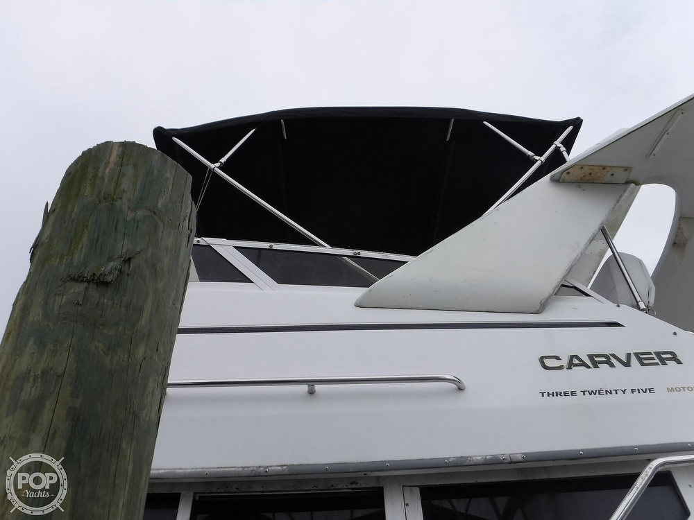 1998 Carver boat for sale, model of the boat is 325 Aft Cabin & Image # 27 of 40