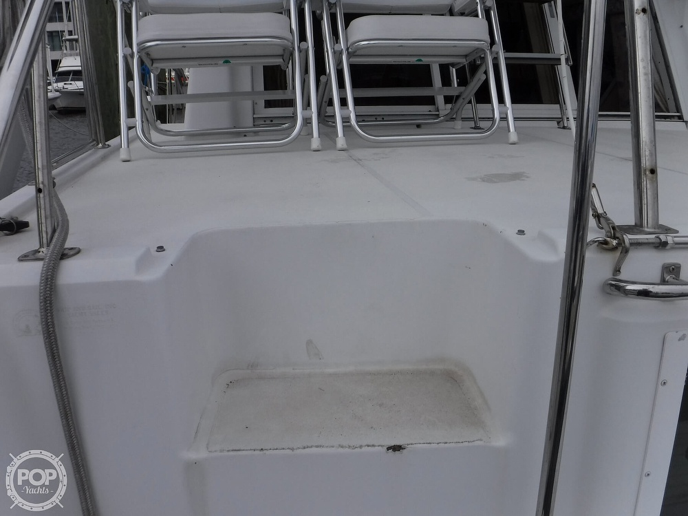1998 Carver boat for sale, model of the boat is 325 Aft Cabin & Image # 35 of 40