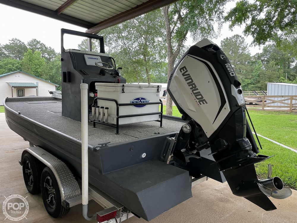 2019 Custom Craft boat for sale, model of the boat is 20 & Image # 12 of 40